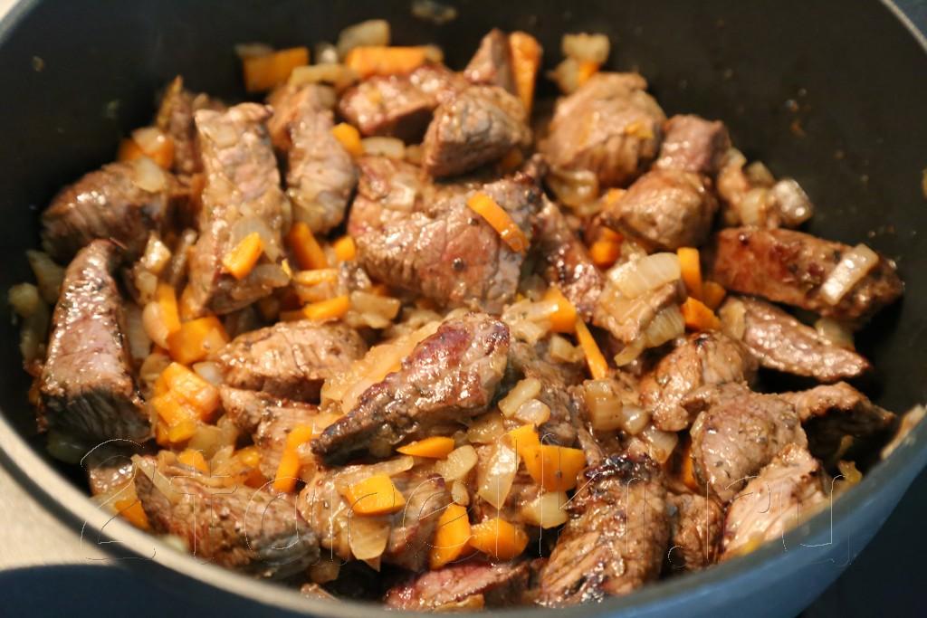 Жаркое из говядины по-гречески 7