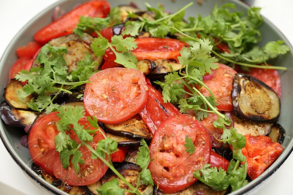 Пикантная овощная закуска-салат для шашлыка 10