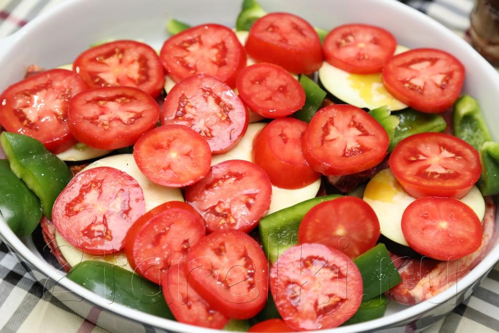 Баранина, запеченная с овощами 10