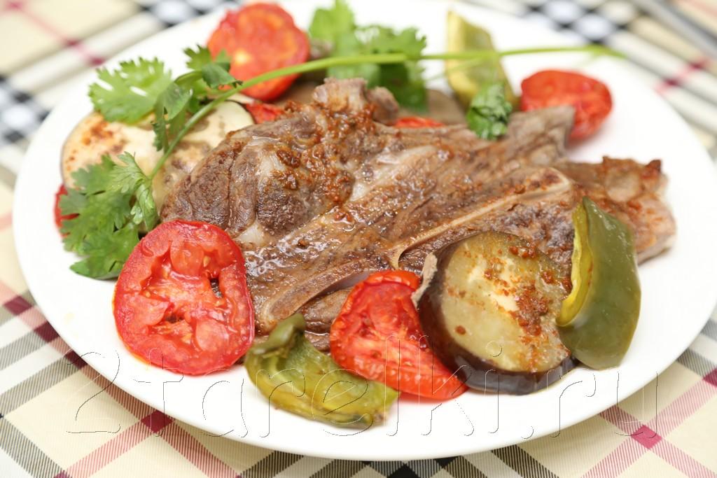 Баранина, запеченная с овощами 12