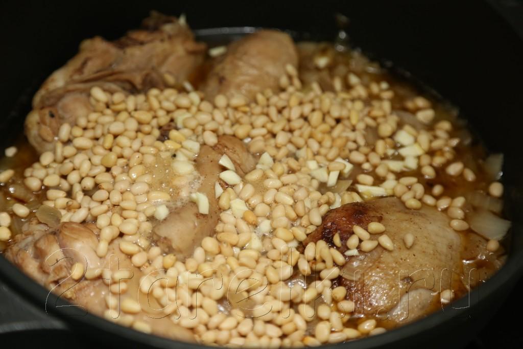 """Курица """"по-сицилийски"""" - с кедровыми орешками в вине 8"""