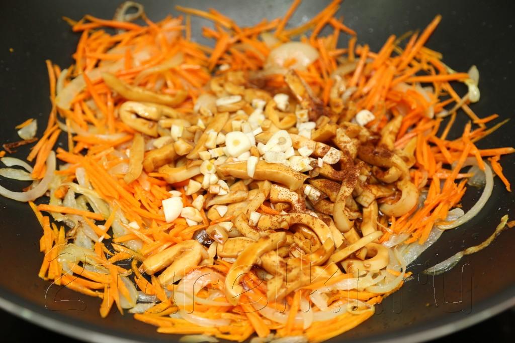 Острый салат с кальмарами по-корейски 10