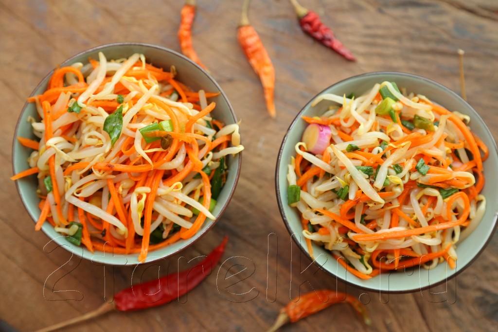 Салат из соевых ростков с морковкой