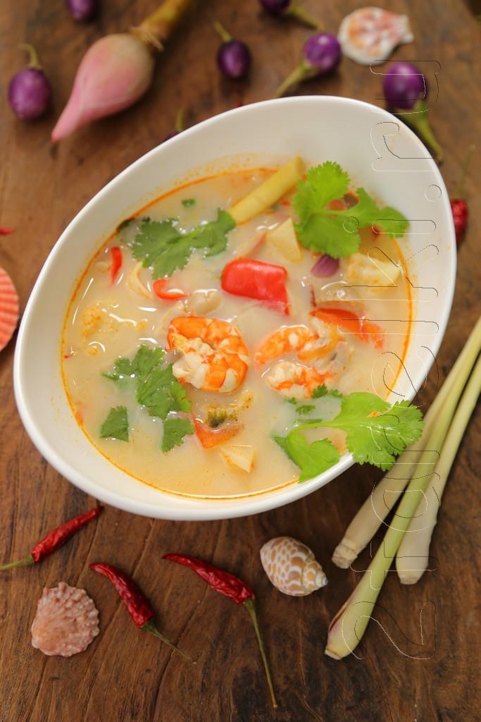Том Ям Кха с морепродуктами / Tom Kha