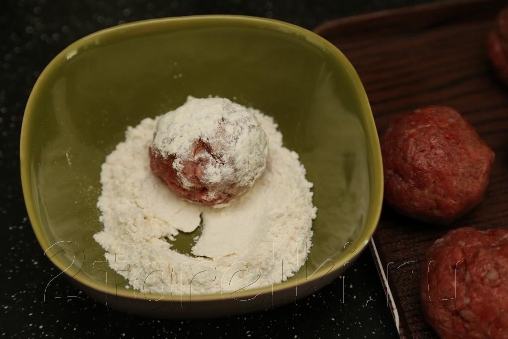 тефтели из говядины в томатном соусе 4