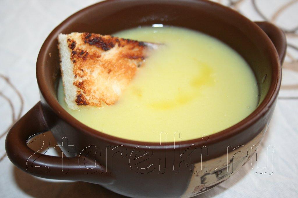 простой суп из лука-порея