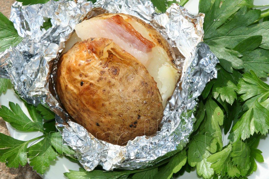 картошка в углях