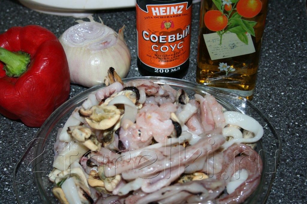 как приготовить замороженный морской коктейль с креветок устриц
