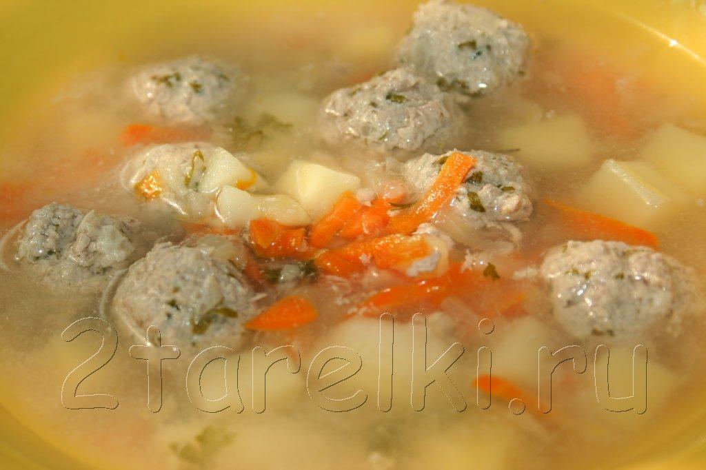 картофельный суп с фрикадельками из телятины
