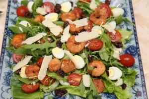 Салат из рукколы и креветок 4