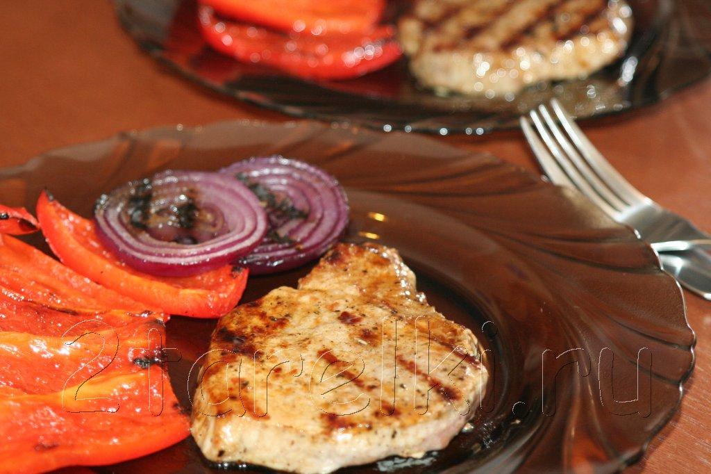 говядина-гриль с овощами