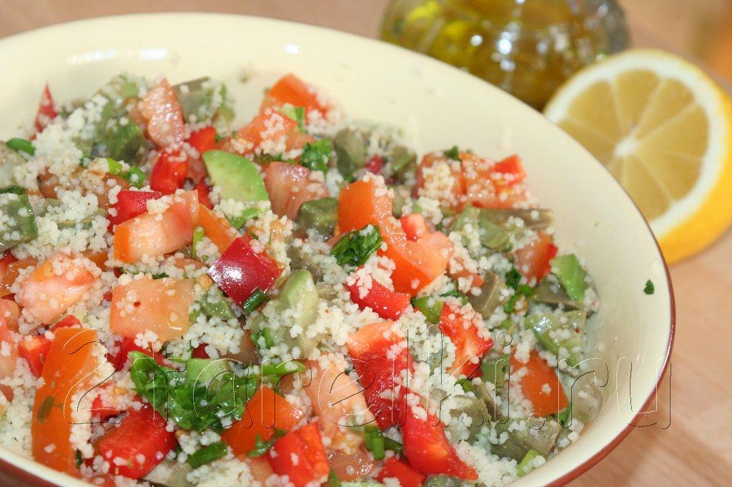 Салат из овощей с кус-кусом