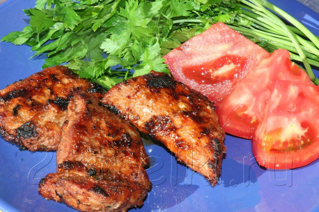 Свиные ребрышки в остром томатном маринаде