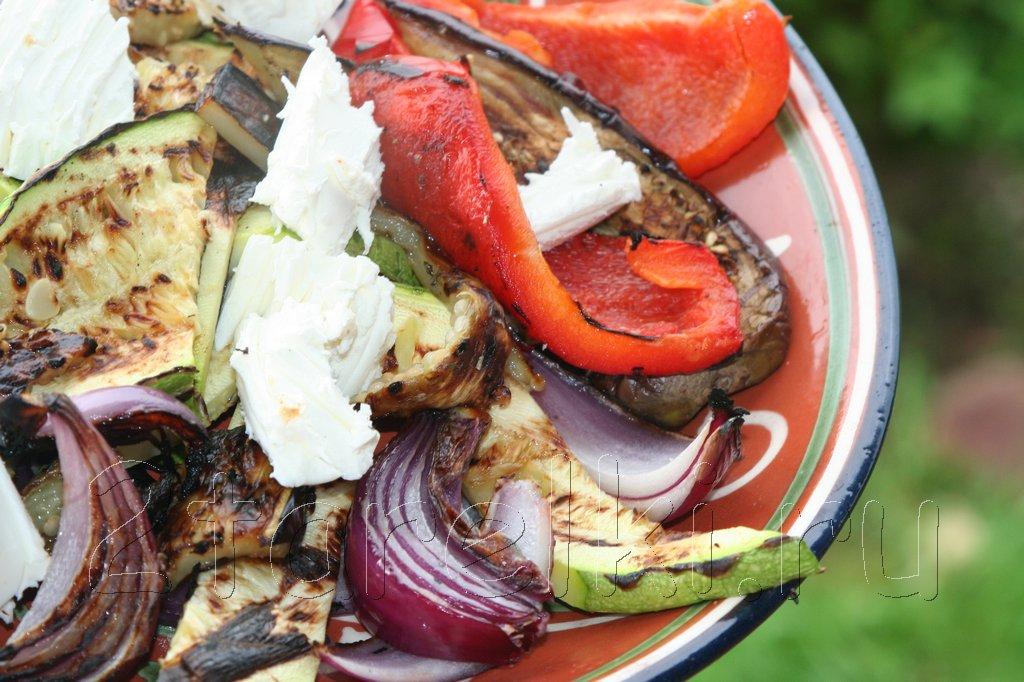 Салат из овощей-гриль с Фетаксой