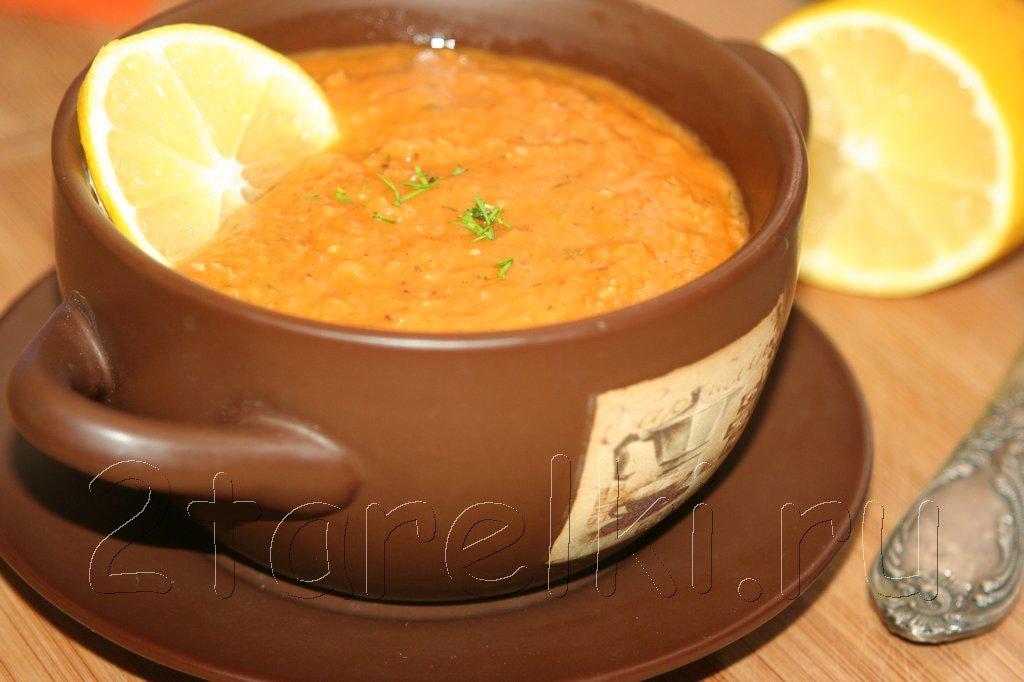 Острый фасолевый суп по-турецки