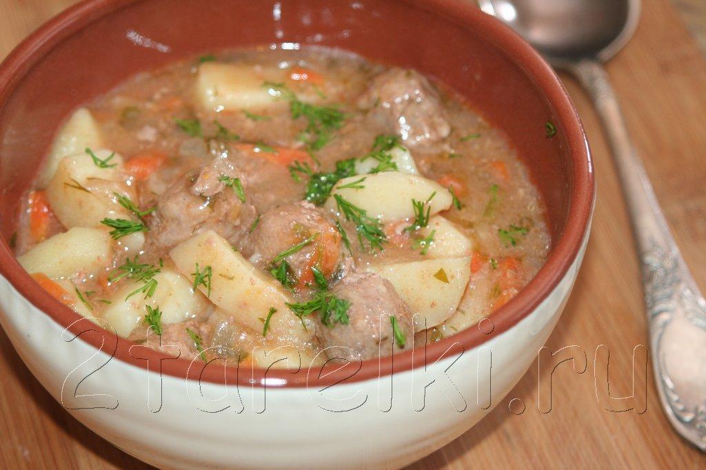 Густой суп с фрикадельками