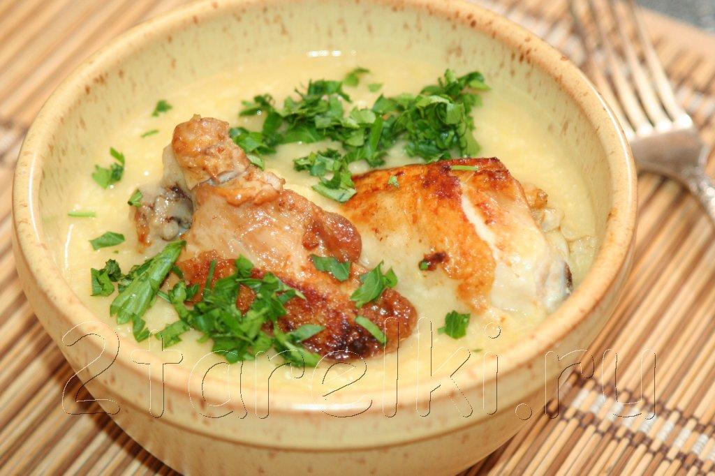 Жареная курица с гороховым пюре