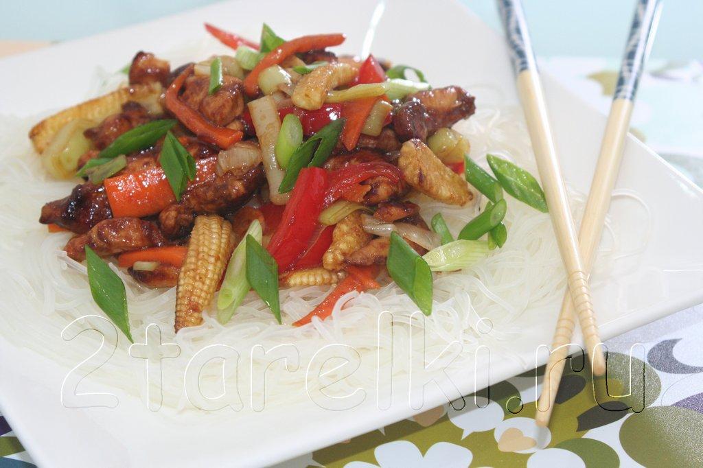 Курица с овощами в устричном соусе