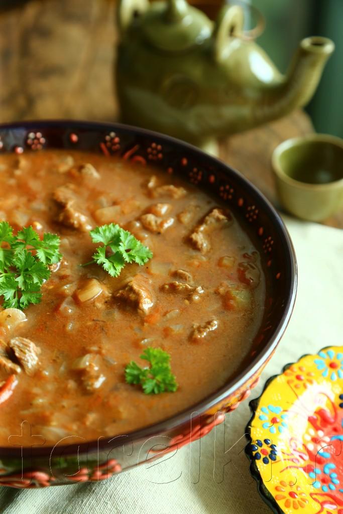 Говядина в томатном соусе по-турецки: 2 ТАРЕЛКИ, кулинария, рецепты, блюда, пошаговые фото, поиск по ингредиентам