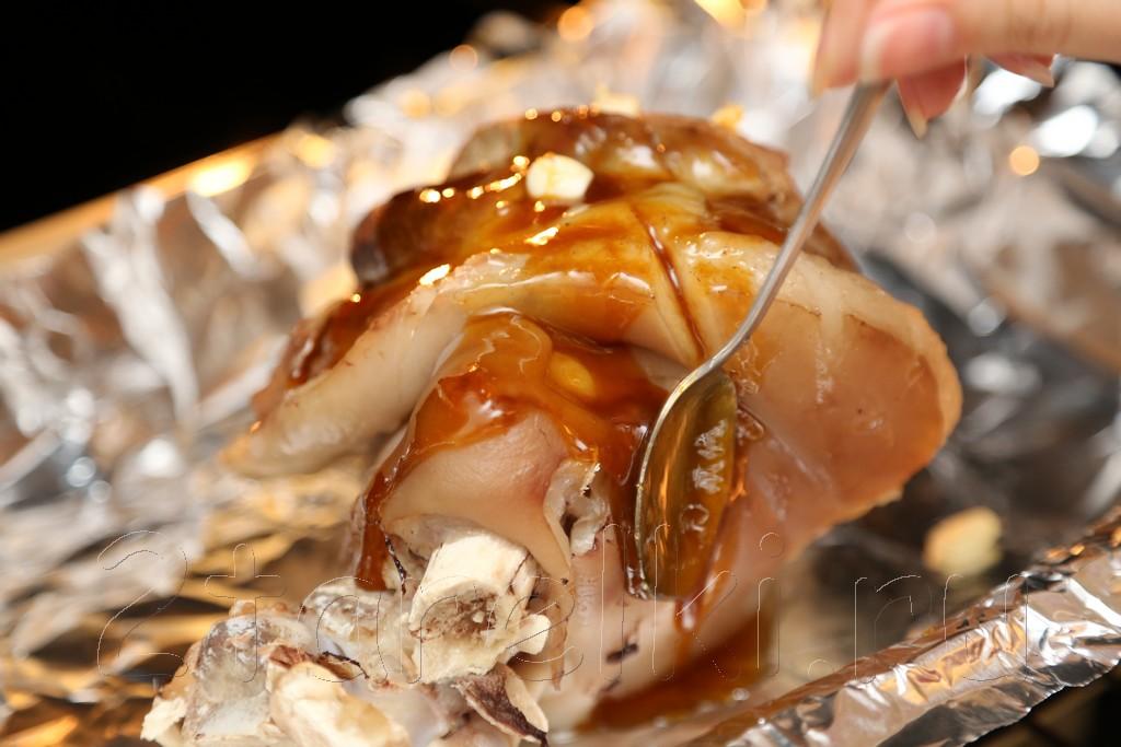 Рулька в глазури из сливового соуса 5