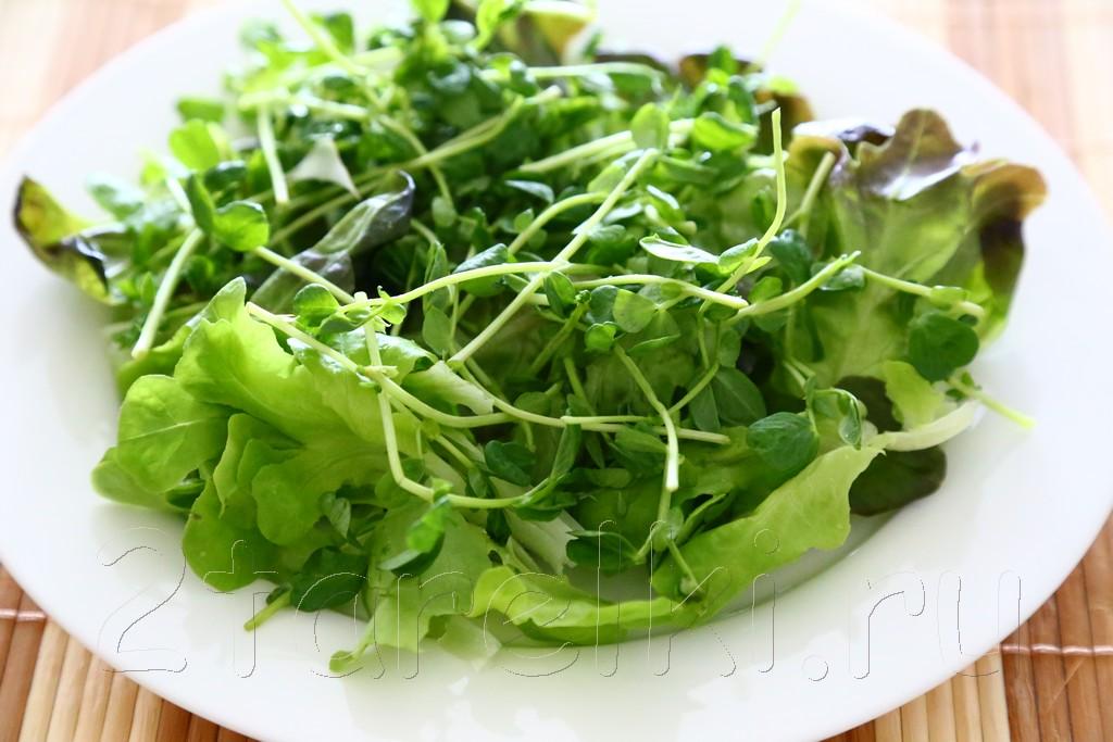 Фитнесс-салат с тунцом и помидорами 1