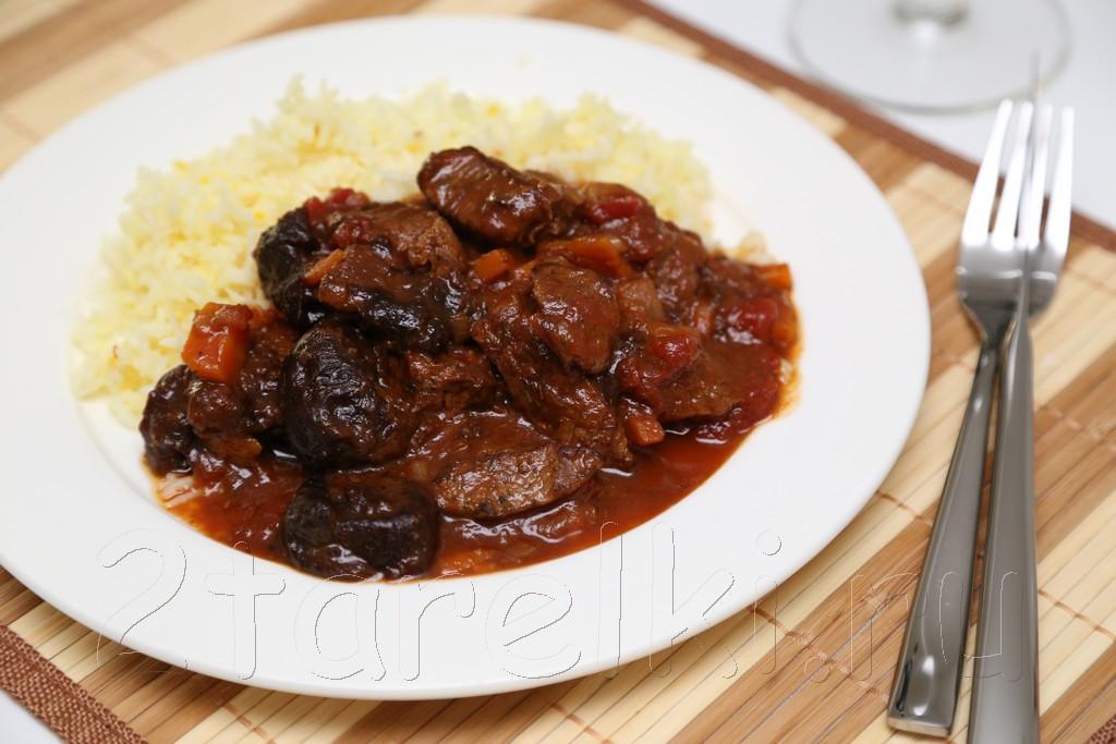 Жаркое из говядины по-гречески