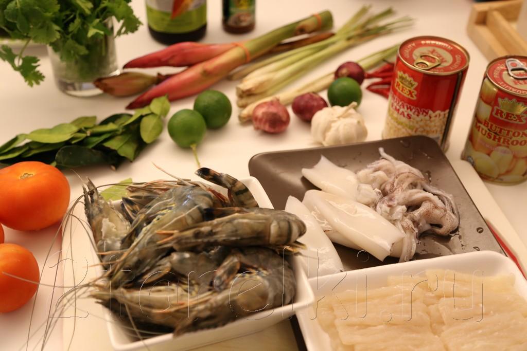 Том ям с морепродуктами и грибами 5