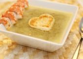 крем-суп со шпинатом и креветками