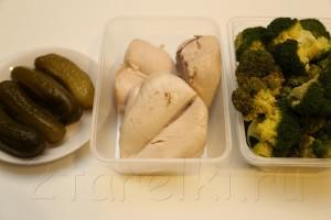 Салат из брокколи и курицы 1
