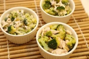 Салат из брокколи и курицы 5