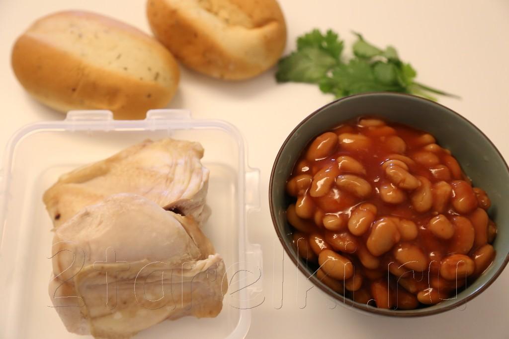 Бутерброды с курицей и фасолью 1
