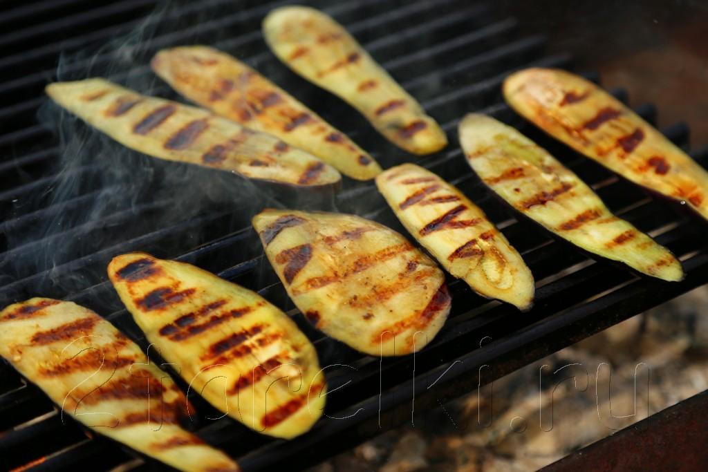 Салат из баклажанов-гриль по-грузински 3