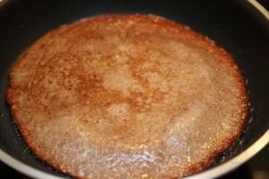 Слоеный печеночный торт 11