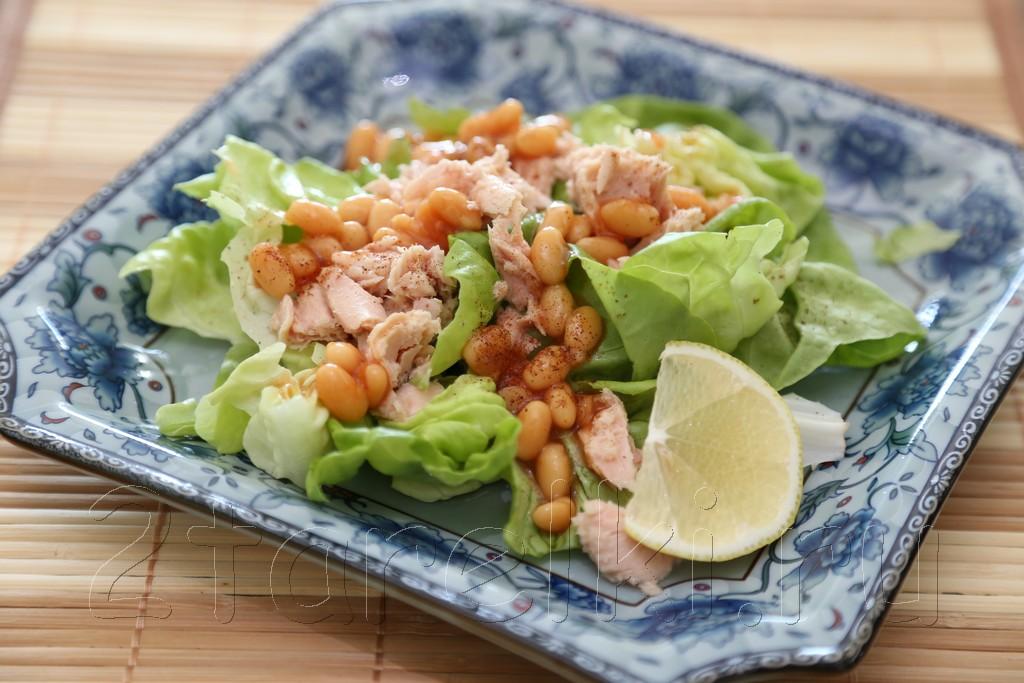 Фитнесс-салат с тунцом и фасолью