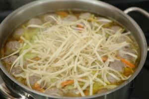 Суп с фрикадельками по-азиатски 9