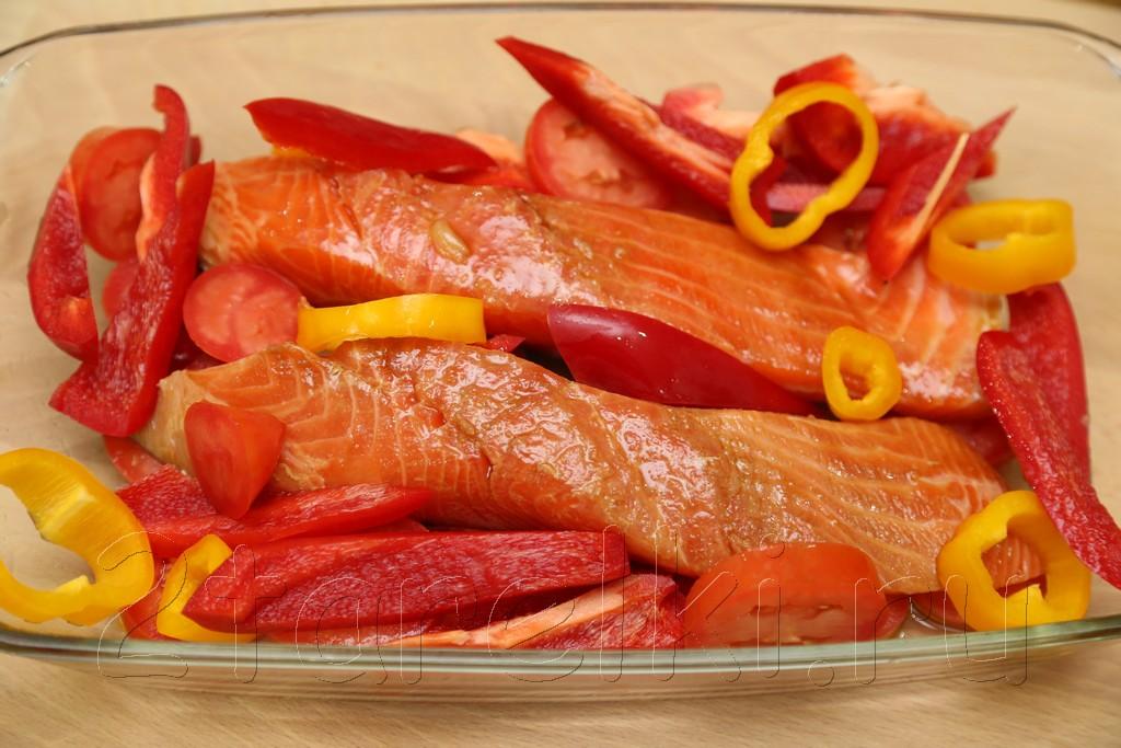 Запеченная с овощами семга 5