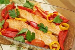 Запеченная с овощами семга 6