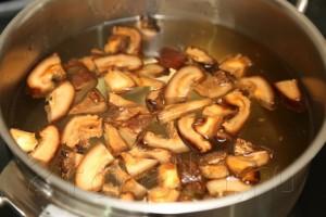 Грибной суп с креветками и овощами по-азиатски 3