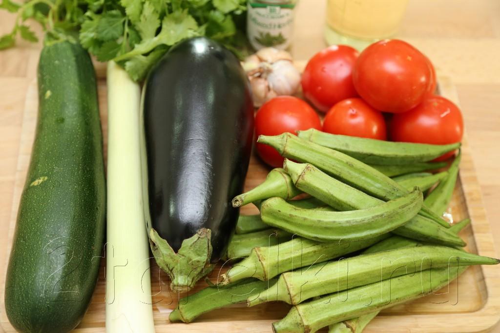 Овощное рагу с бамией (окрой) 1