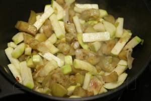 Овощное рагу с бамией (окрой) 9