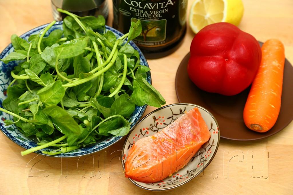 Салат из шпината с слабосоленой семгой 1