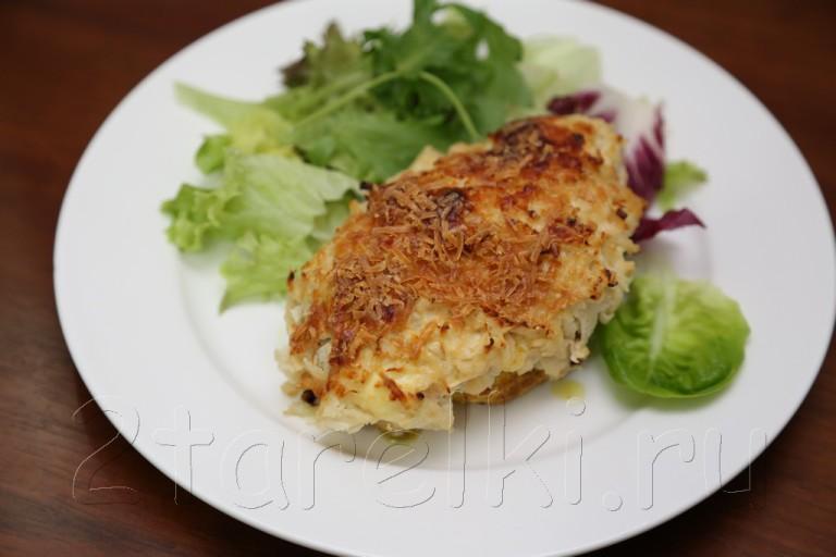 Куриное филе под яблочно-сырной корочкой