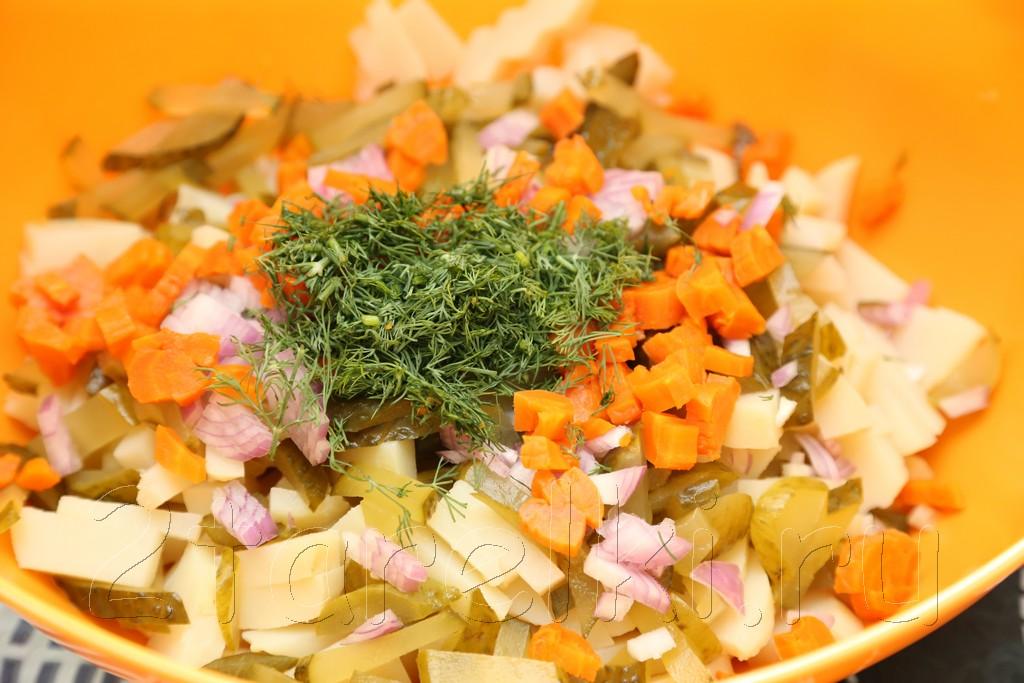 Салат с ветчиной по-немецки