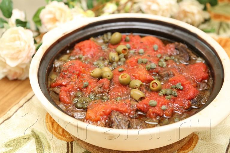 Тушеное мясо в горшочке по-португальски
