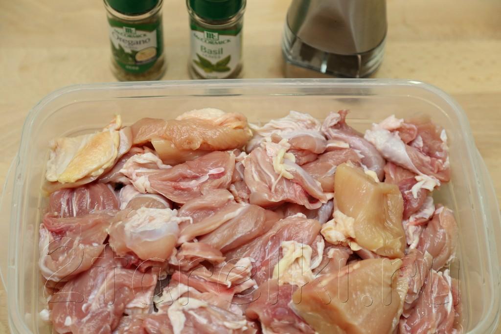 Жаркое из курицы с черносливом по-гречески 1