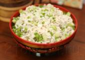 Салат из риса с рыбой