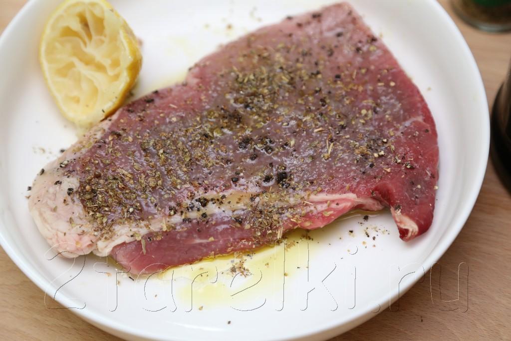 Греческий салат с говядиной-гриль 2
