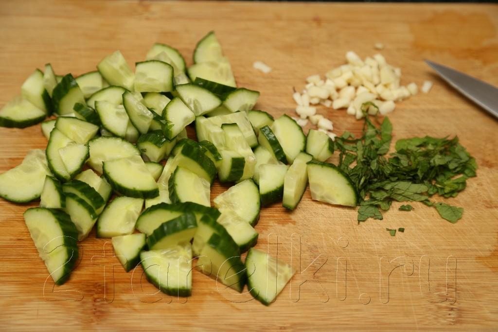 Картофельный салат с мятой 2