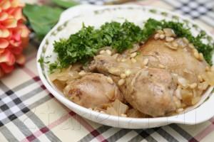 """Курица """"по-сицилийски"""" - с кедровыми орешками в вине"""