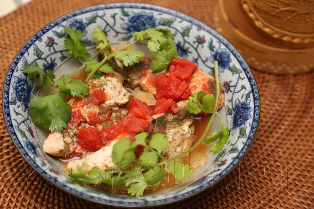 Куриная грудка, тушенная в пряном томатном соусе 8